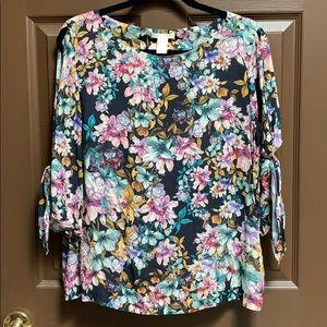 ✨NWOT✨ H&M floral blouse